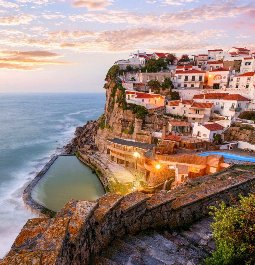 Địa điểm du lịch Azenhas Do Mar, Sintra, Bồ Đào Nha.