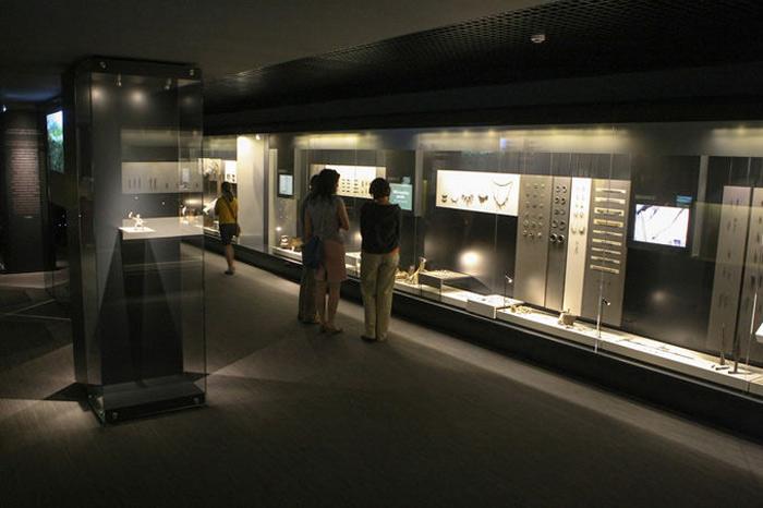 Những di vật khai quật được tại Di chỉ hiện được lưu giữ trong các bảo tàng tại Litva