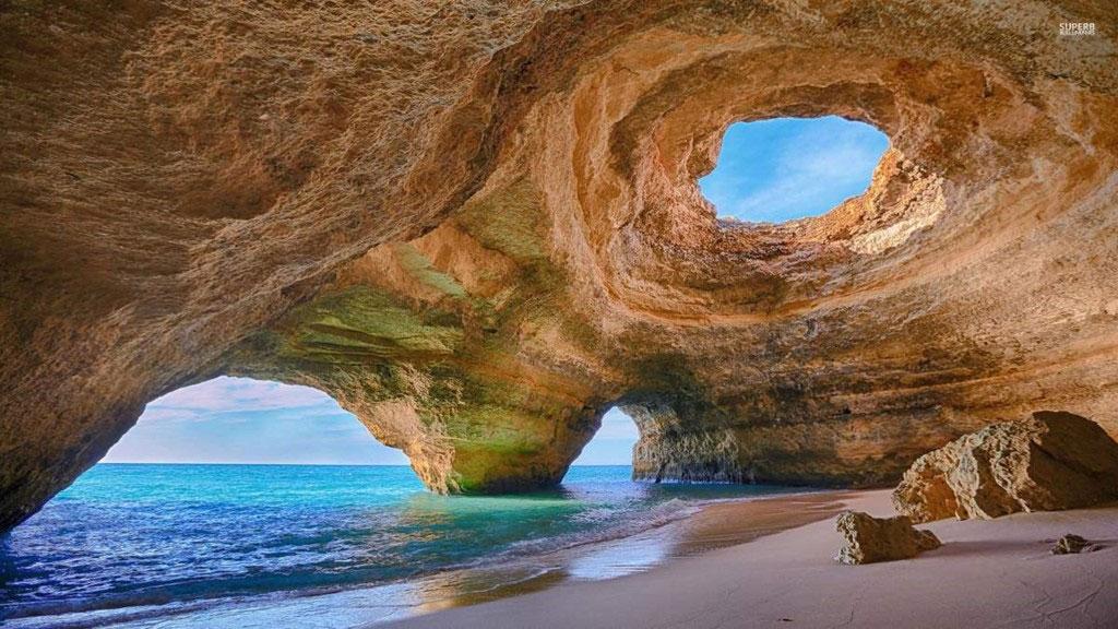 Hang Benagil, Algarve, Bồ Đào Nha