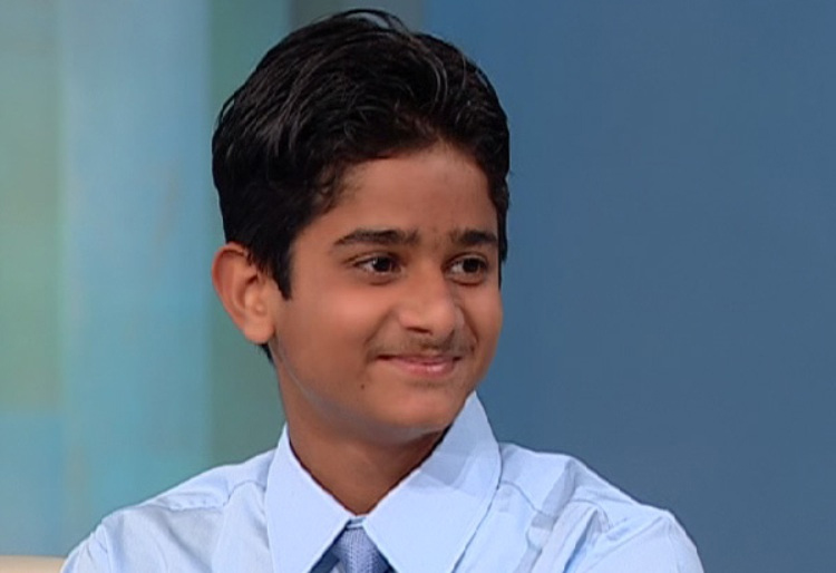 Akrit Jaswal - Bác sĩ phẫu thuật 7 tuổi