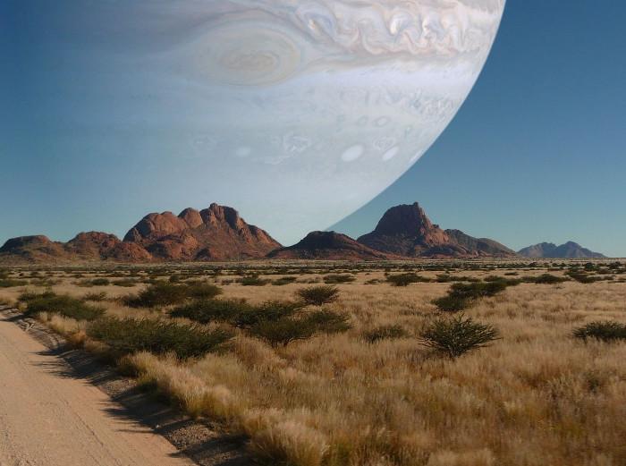 9. Và đây là bầu trời của chúng ta nếu sao Mộc có cùng một khoảng cách đến Trái đất như Mặt trăng.