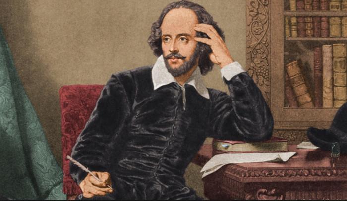 Shakespeare được xem là nhà văn vĩ đại nhất của Anh.