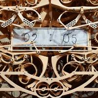 Video: Ngắm đồng hồ cơ cực kỳ tinh xảo của Nhật được làm từ gỗ