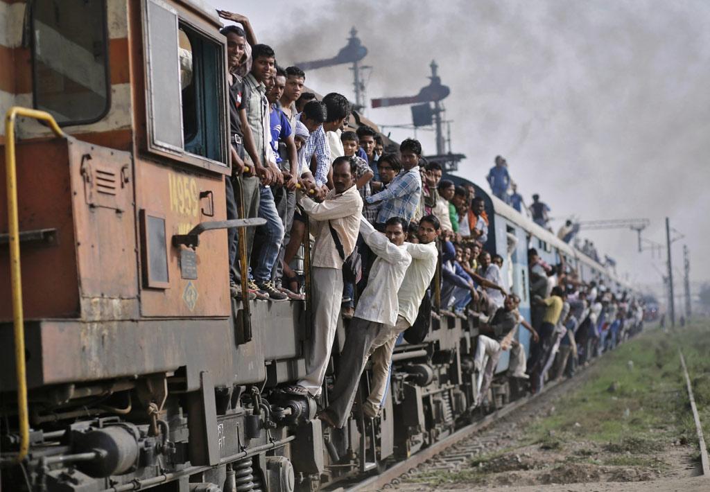 Trivandrum-H. Nizamuddin Rajdhani là chuyến tàu có quãng đường chạy thẳng không dừng dài nhất đất nước, đi liên tục trong 6 giờ 30 phút, giữa Vadodara và Kota.