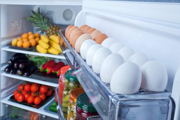 Người Mỹ để trứng trong tủ lạnh còn người Châu Âu thì không.
