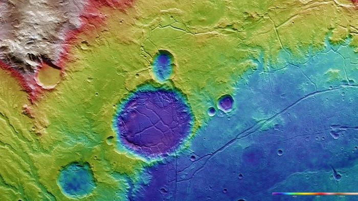Sứ mệnh Mars Express đã chụp được hình ảnh về khu vực Arda Valles Mar nằm về phía Tây của hành tinh đỏ.