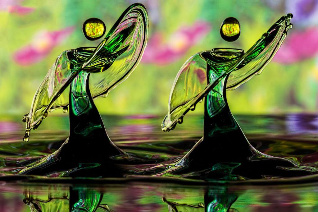 Hai thiên thần nhảy múa. Bạn có tin đây chỉ là hình ảnh của hai giọt nước không?