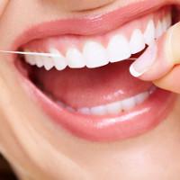 Muốn có hàm răng đẹp thì đừng xỉa răng bằng tăm nữa