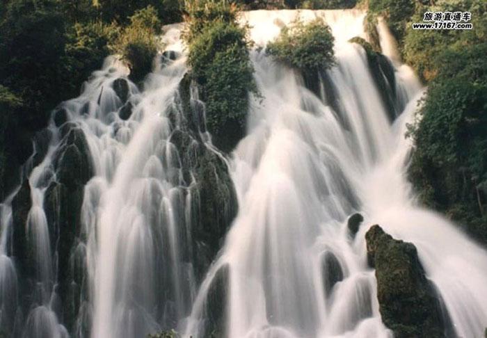Toàn bộ khu bảo tồn có diện tích 9245 km2 với 7 khu bảo tồn và 9 khu danh thắng