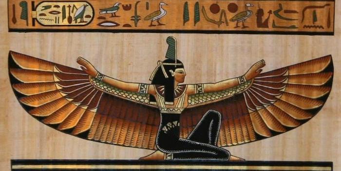 Nữ thần Isis.