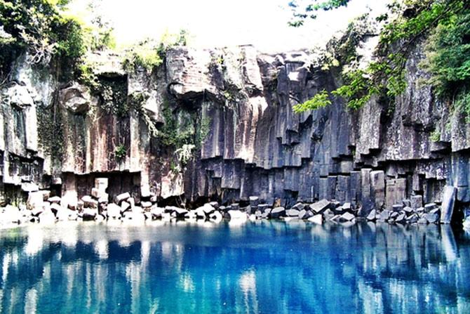 Unesco đã công nhận Đảo Núi lửa Jeju và Hệ thống Ống Dung nham là Di sản thiên nhiên thế giới năm 2007.