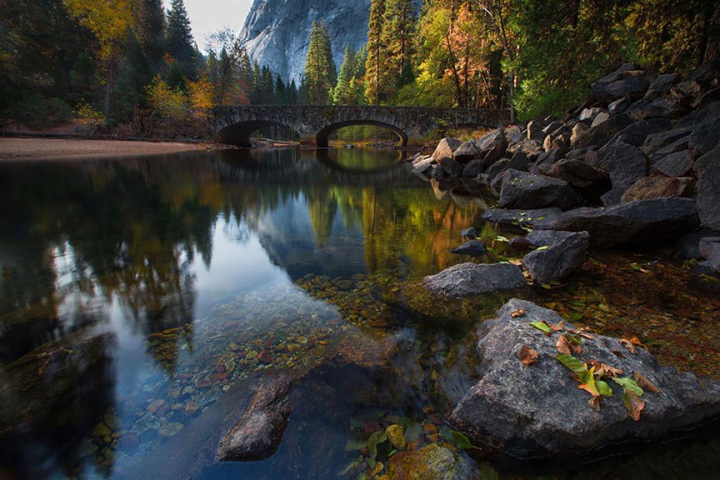 Cầu bắc qua sông Merced, Yosemite, Mỹ