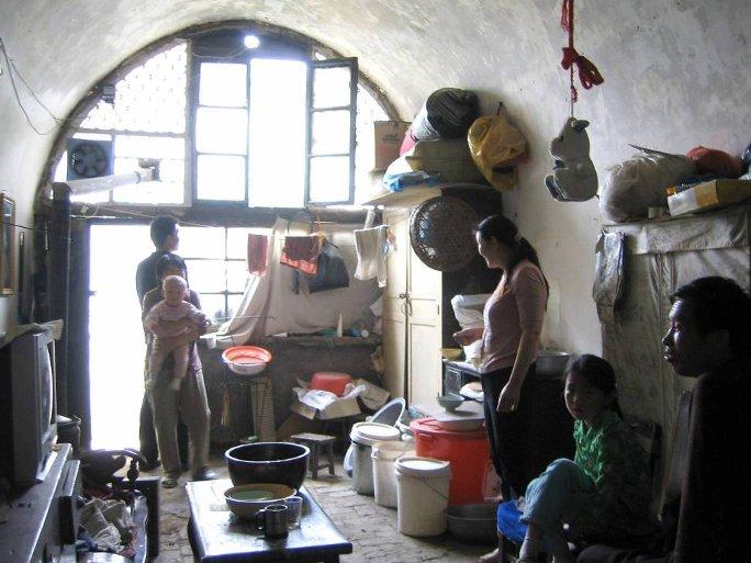 Khoảng 35 triệu dân Trung Quốc đang sử dụng hang hốc làm nhà.