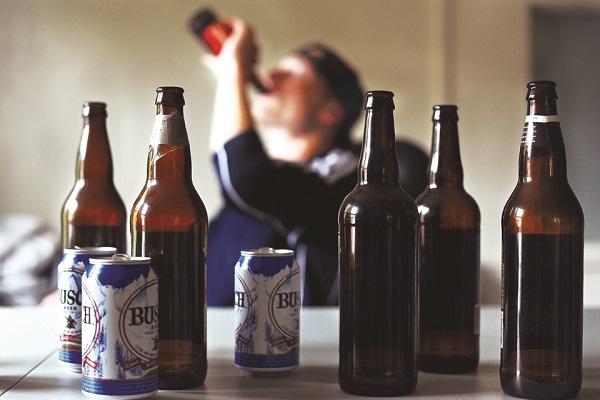 Rượu bia làm bệnh xơ gan nghiêm trọng hơn