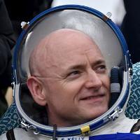 Nỗi đau đớn của phi hành gia ISS khi trở về Trái Đất