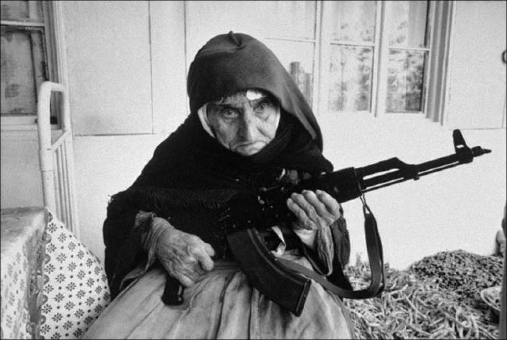 Một người lính Armenia 106 tuổi (1967)