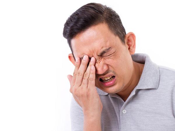 Khoảng 5-10% ung thư da trong mí mắt.