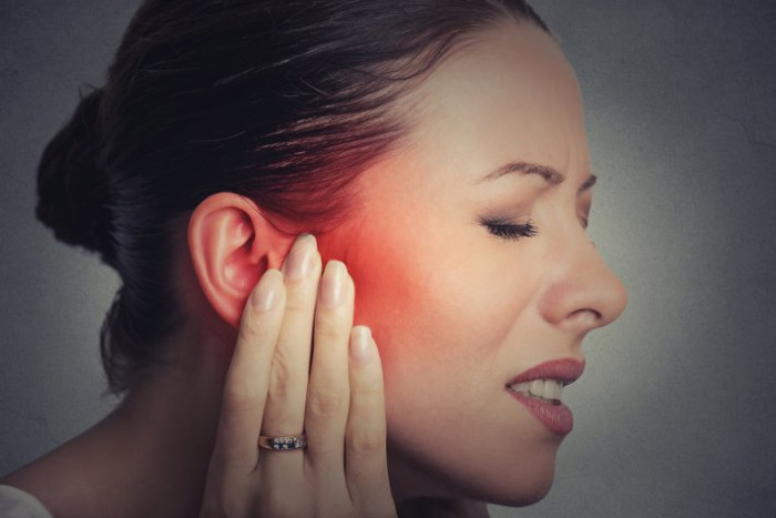 Phía sau tai là khu vực dễ dẫn đến ung thư nhưng thường bị bỏ qua.
