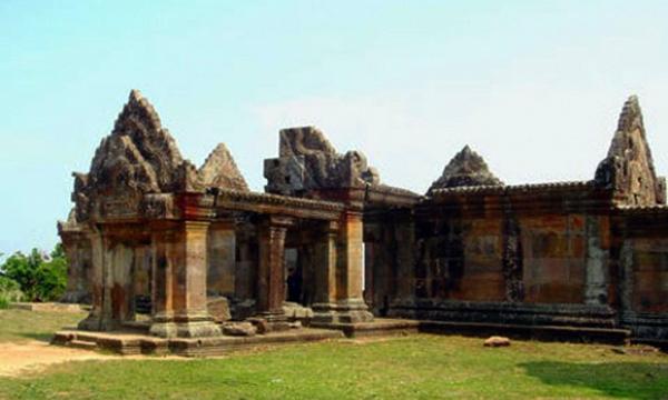 Unesco đã công nhận Đền Preah Vihear, Campuchia là Di sản văn hóa thế giới.