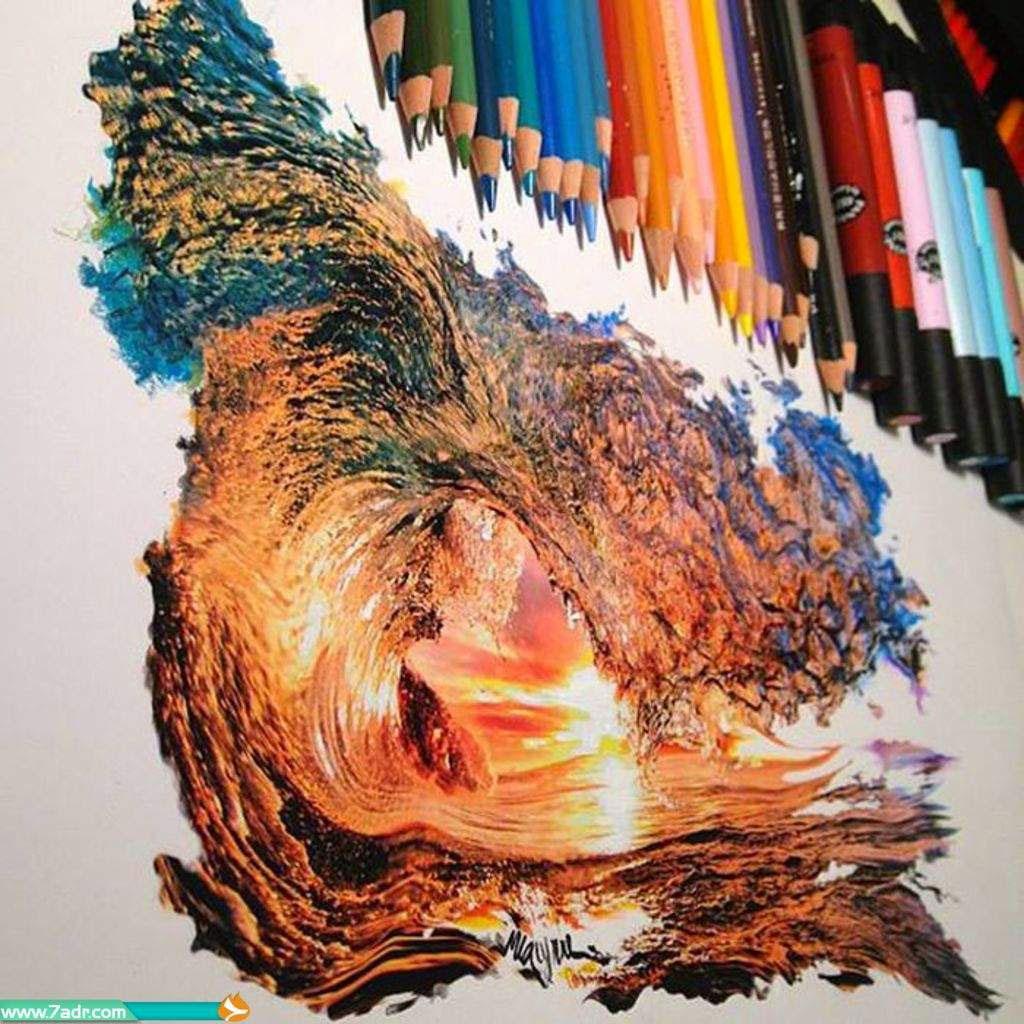 Làn sóng được vẽ chỉ bằng bút chì màu