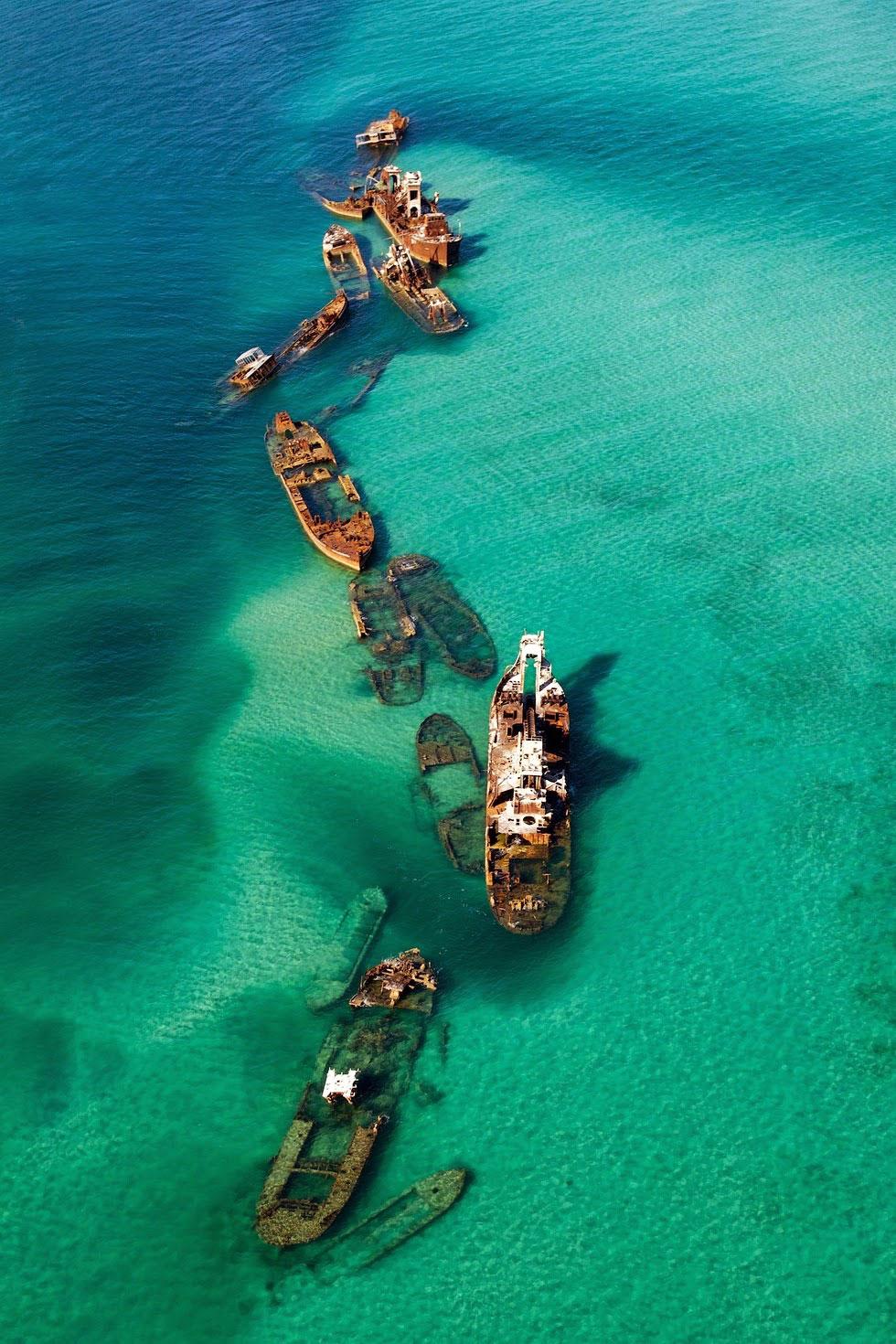 1 dải cát của tam giác biển Bermuda có tới 16 chiếc tàu đắm.