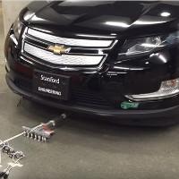 Video: 6 robot nhỏ kéo một chiếc xe nặng gần 2 tấn