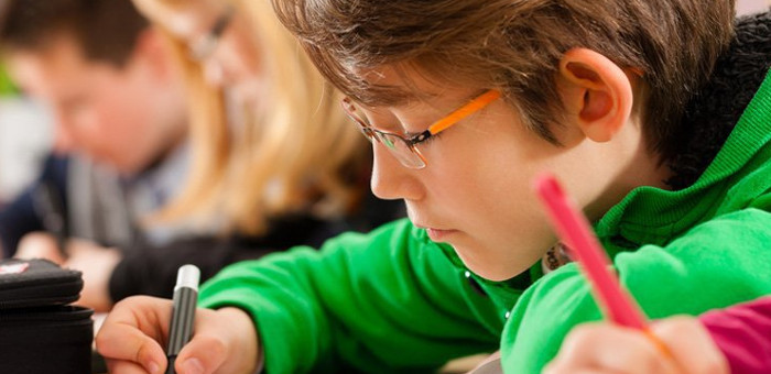 Mục tiêu của các bài học là phát triển sự tin của trẻ trong việc đặt câu hỏi.