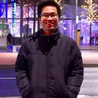 Chàng trai Việt trẻ tuổi Nguyễn Mai Đức đã hoàn thành 1 ứng dụng cực đỉnh và 1 đầu sách phát hành toàn quốc