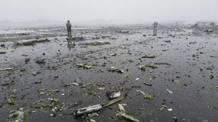 Máy bay Boeing 737 số hiệu FZ981 của hãng hàng không FlyDubai hôm nay lao xuống đất và vỡ vụn khi đang hạ cánh xuống sân bay Rostov-on-Don ở miền nam Nga, làm tất cả 62 hành khách và tổ bay thiệt mạng.