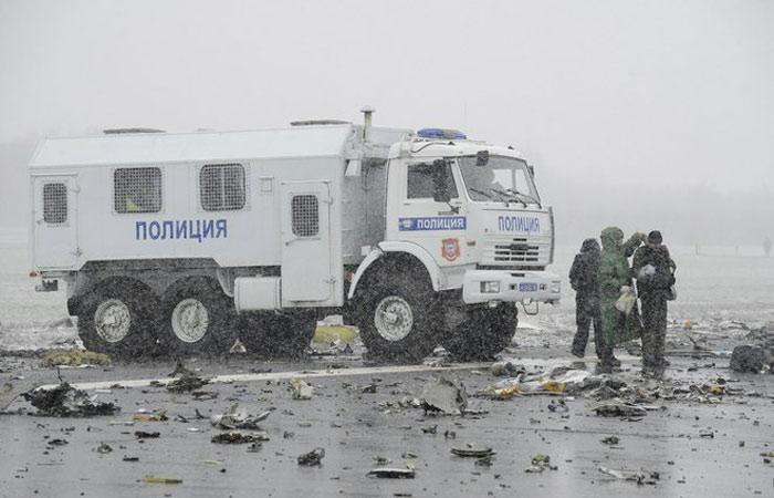 Xe cảnh sát tại sân bay Rostov-On-Don.