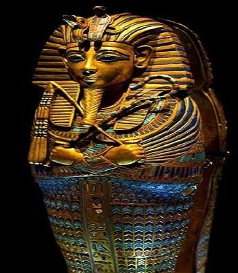 Quan tài còn nguyên vẹn của pharaoh Tutankhamun trong lăng mộ KV62.