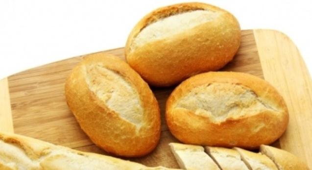 Bánh mỳ gần như không có chất dinh dưỡng.