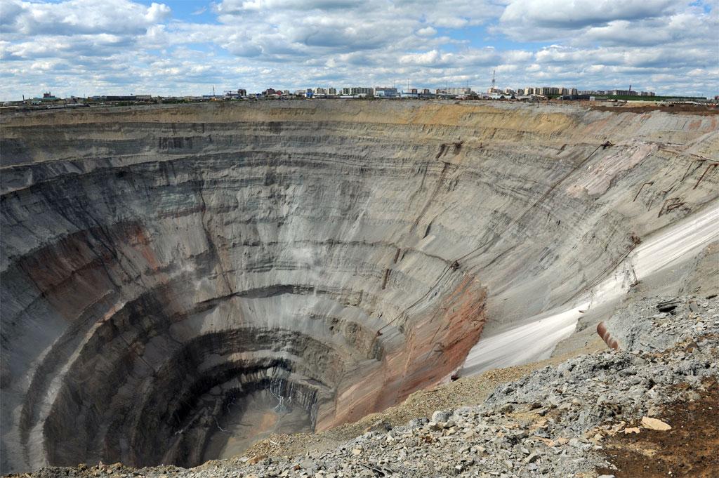 Mỏ Mir, Nga