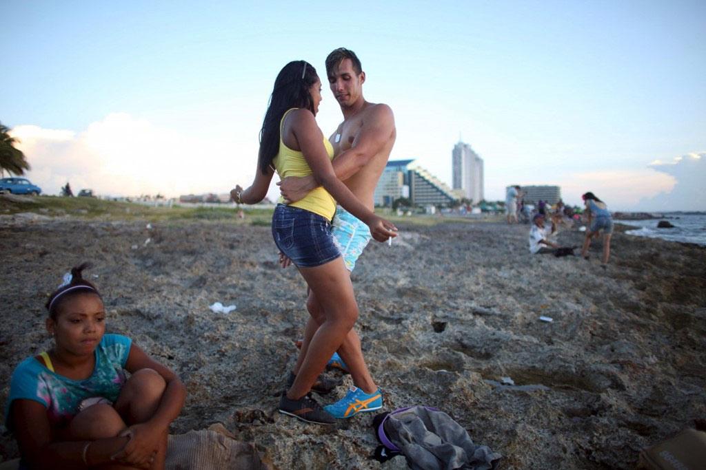 Người dân Cuba yêu thích các điệu nhảy như danzón, mambo, và salsa.