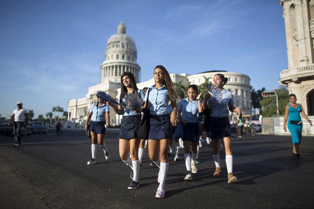 Cuba nổi tiếng với hệ thống giáo dục chất lượng cao. Các trường học của quốc gia này được xếp vào hàng tốt nhất vùng Mỹ Latin và Caribbe.