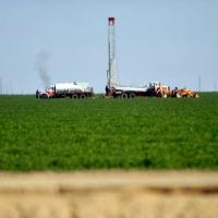 """Đất đai khô cằn, Ả-Rập Xê-út đối phó bằng cách """"xuất khẩu"""" hạn hán sang Mỹ như thế nào?"""