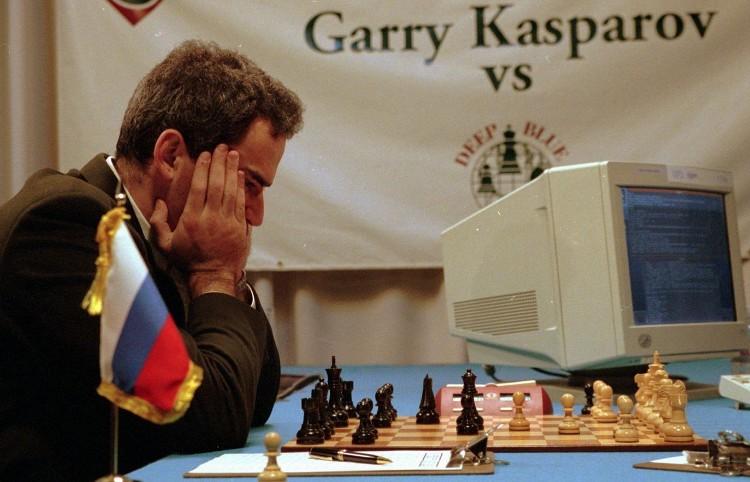 Khả năng con người chiến thắng một chiếc máy tính trên lĩnh vực cờ tướng hay cờ vua đã là hoàn toàn không thể.