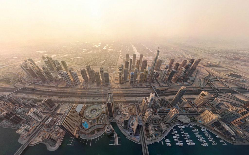 Bây giờ, Dubai là một thành phố năng động với các đô thị có những tòa kiến trúc cao nhất, lớn nhất, và sang trọng bậc nhất