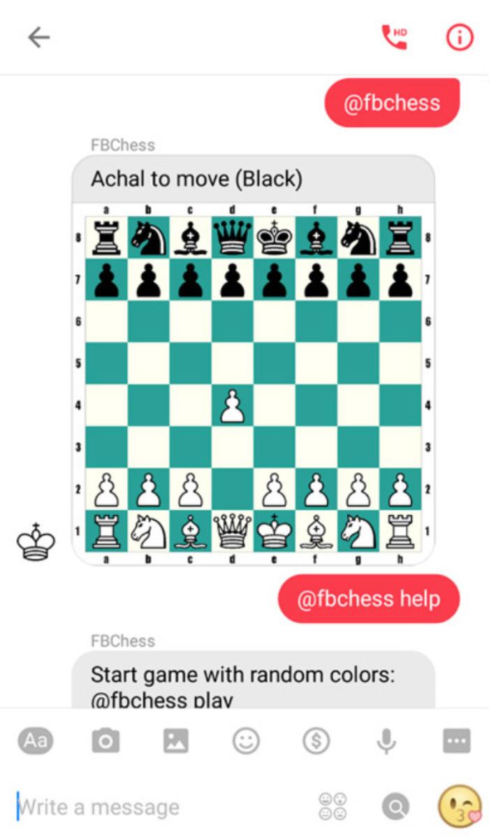 Mở một cuộc trò chuyện với một người bạn và gõ @fbchess play để cùng chơi cờ vua