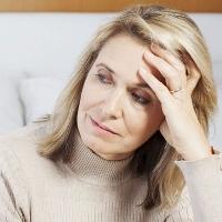 Phụ nữ dễ mắc ung thư sau mãn kinh