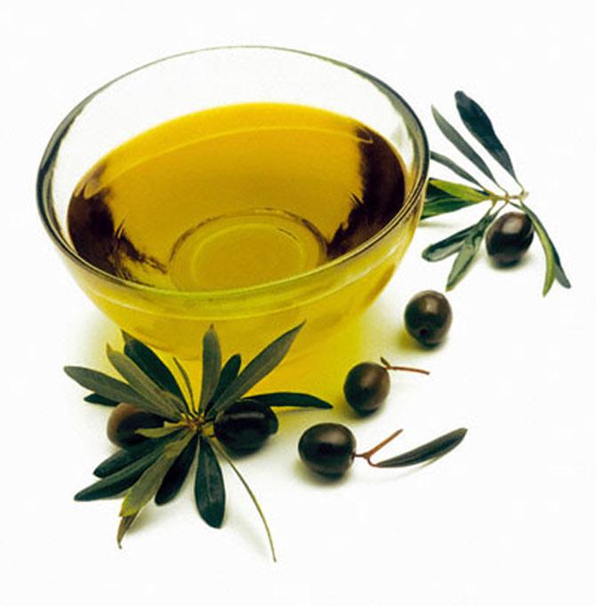 Bôi trơn với dầu olive