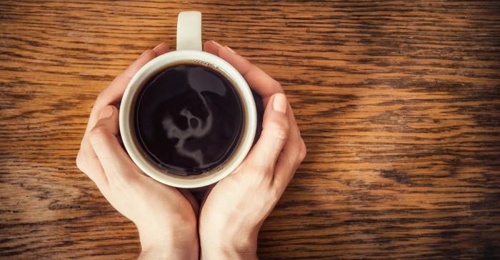 Những người uống cafe mỗi ngày có tỉ lệ ung thư thấp hơn hẳn.
