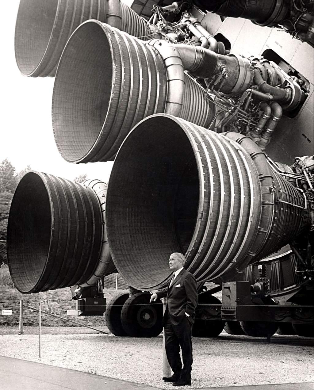 Động cơ F-1 thế hệ thứ nhất của tên lửa Saturn V.