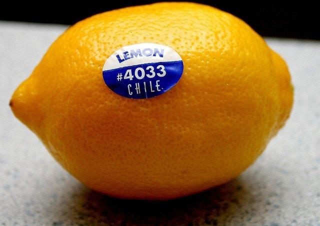 Trái cây có mã số bắt đầu bằng số 3 hoặc 4 - Trái cây được gieo trồng theo phương pháp thông thường có sử dụng chất hóa học.