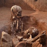Phát hiện bộ xương có thể làm sáng tỏ bí mật Cánh đồng Chum