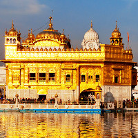 Đền thờ mạ vàng của Ấn Độ xỉn màu vì ô nhiễm không khí