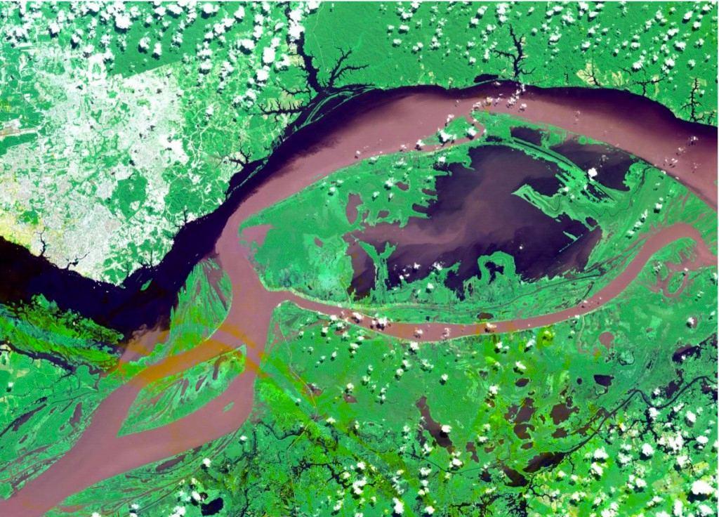 Bức ảnh chụp thành phố Manaus, Brazil, là thước hình được yêu thích nhất trong bộ ảnh của ASTER.