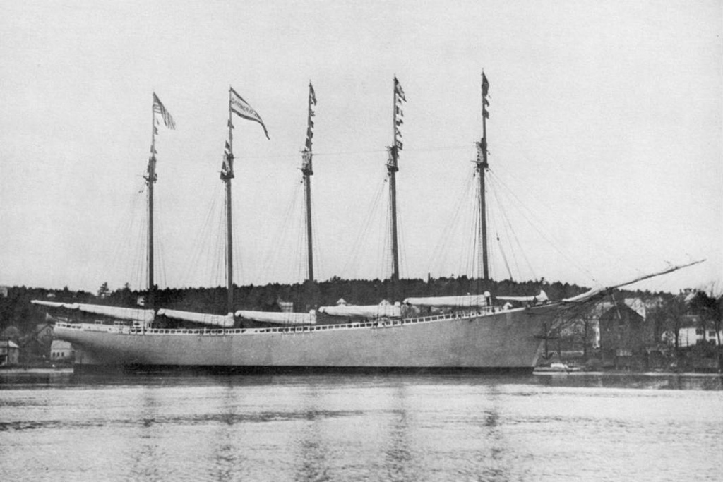 Tàu Carroll A. Deering