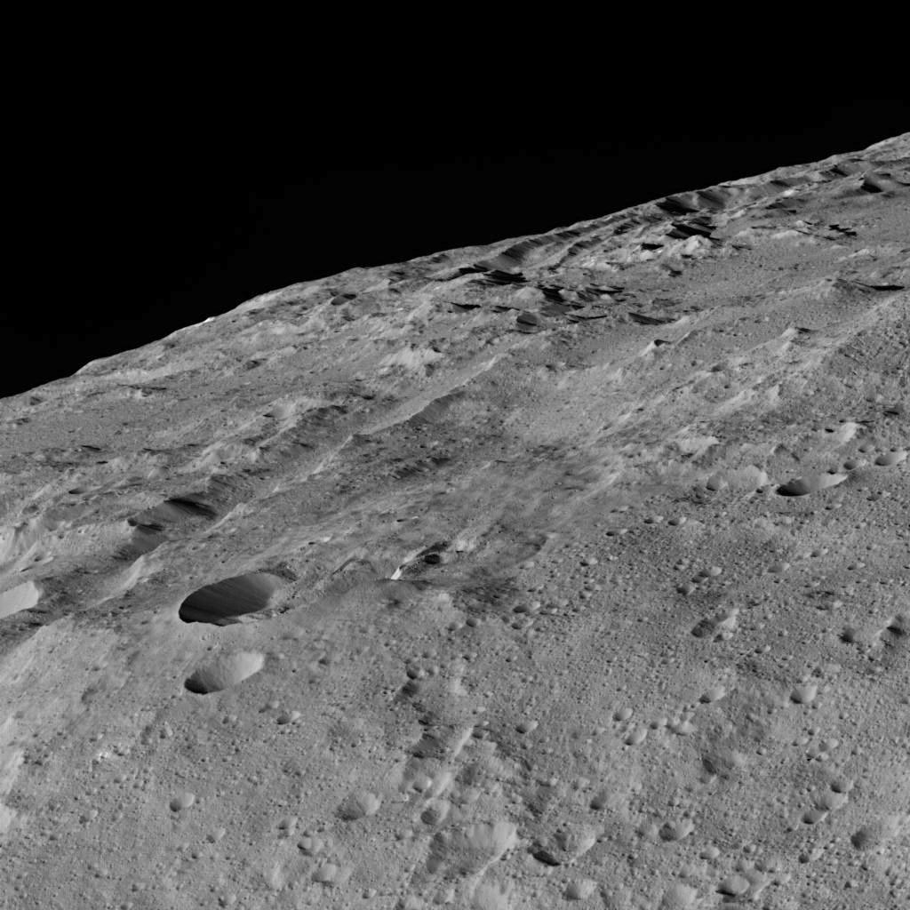 Đây là một chuỗi miệng các núi lửa được gọi là Gerber Catena hình thành trên bề mặt Ceres.