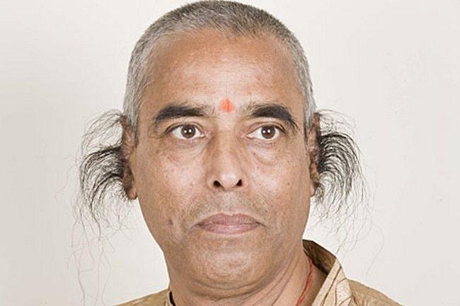 Ông Radhakant Baijpai là người có lông tai dài nhất thế giới hiện nay.